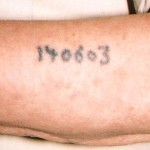 Auschwitz_survivor_displays_tattoo_detail