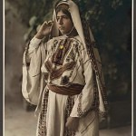 Ramallah-woman-in-embroidered-costume