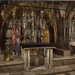 The-Calvary-and-the-Greek-altar_-Jerusalem_-Holy-Land