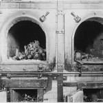 Horror_chamber_at_the_Buchenwald_concentration_camp_near_Jena,_Germany