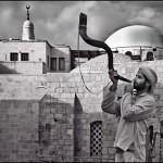 Shofar_in_Jerusalem12x12B_W