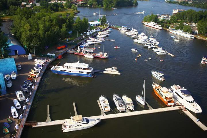Яхт-клуб в Московском регионе