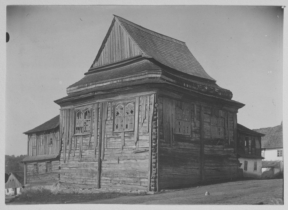 Деревянная синагога в м. Лянцкорунь Фото П. Жолтовского. [1930 г.].– ИР НБУВ, ф. 278