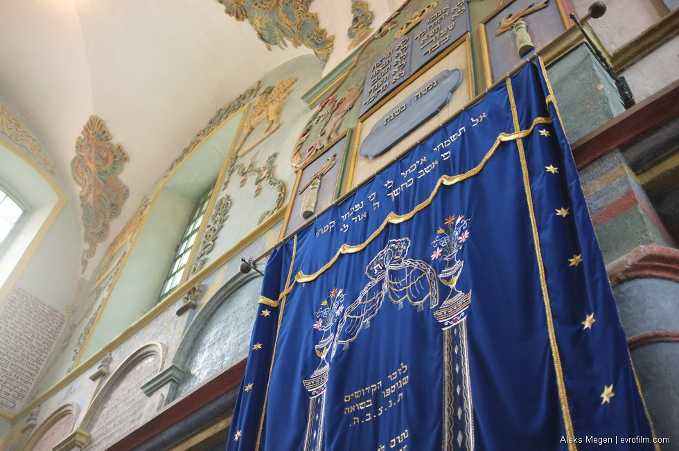 lancut_synagogue_43
